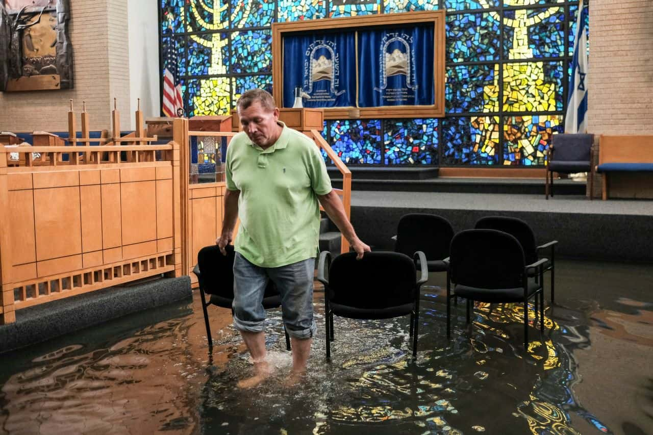 help-for-houston-one-of-the-largest-disasters-america-has-ever-faced