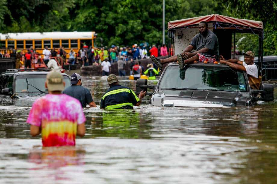 catastrophic-damage-flooding-displaces-hundreds-of-thousands-in-texas-louisiana