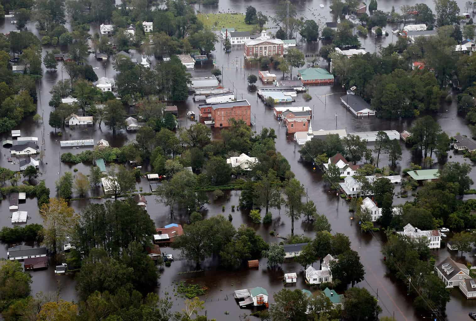 help-in-a-hurricane-give-if-you-can