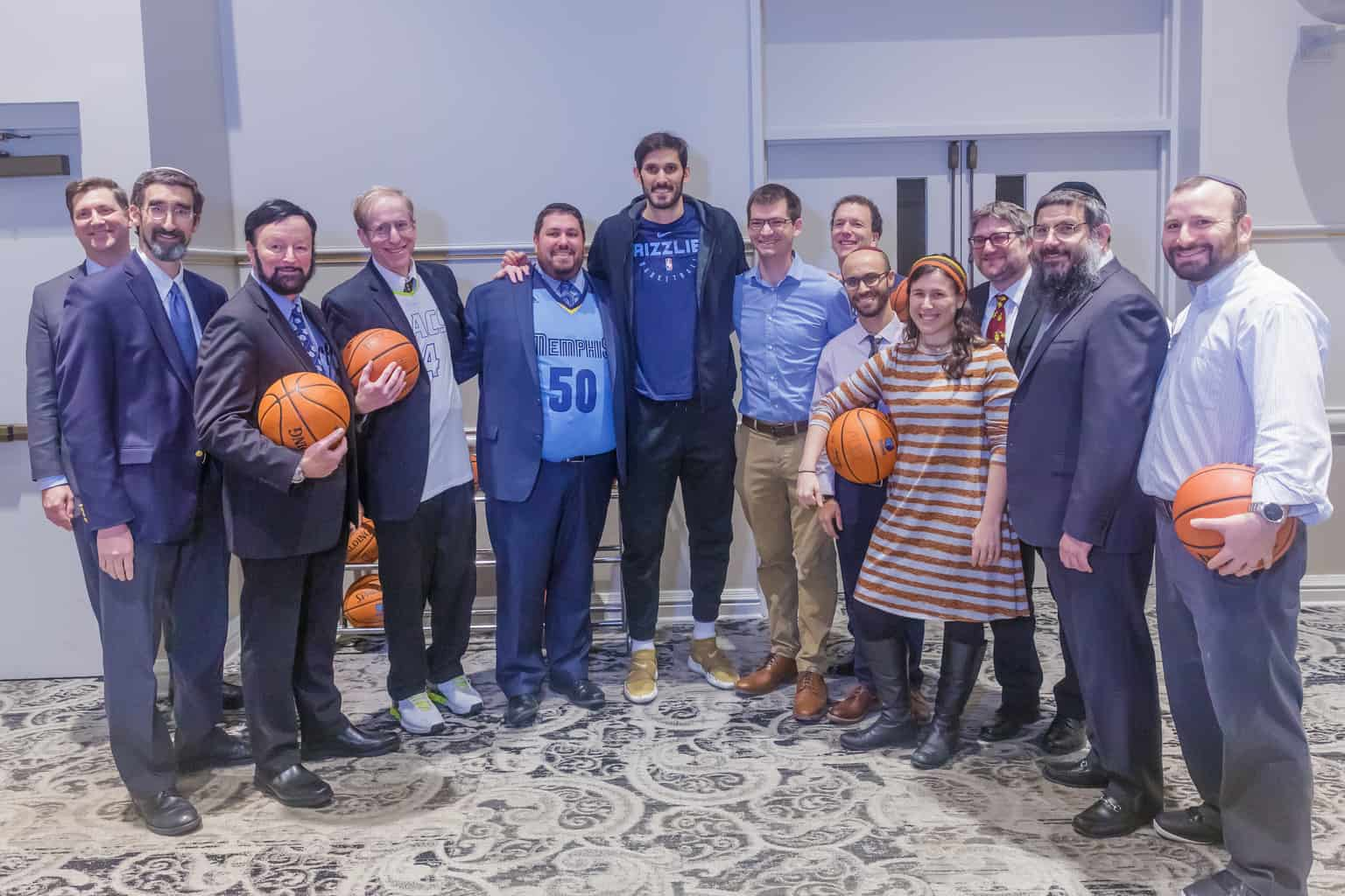 omri-casspi-celebrates-hanukkah-the-memphis-jewish-community